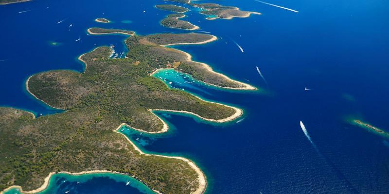 Pakleni islands on the Blue cave tour
