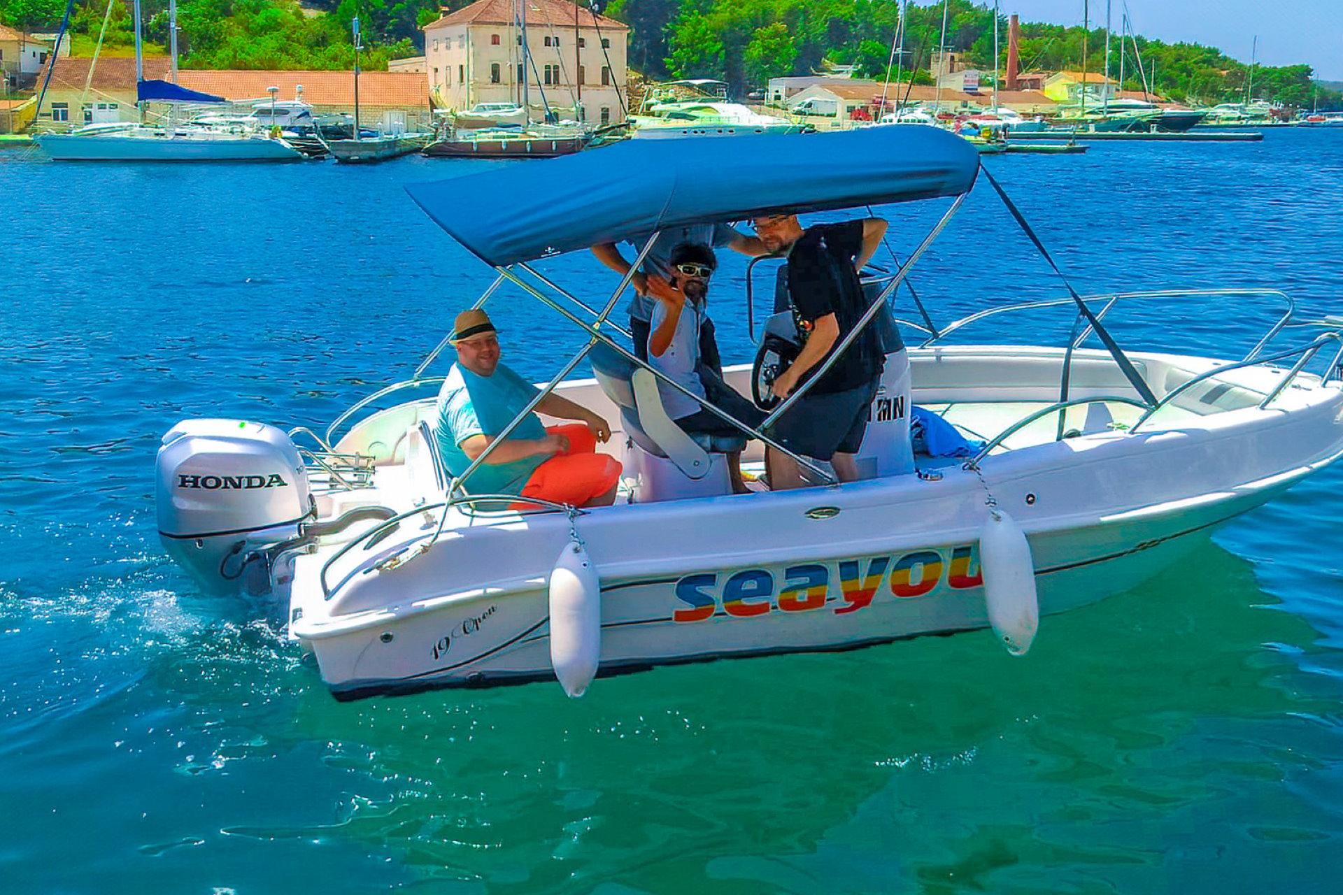 Rent a boat Milna, Brac island