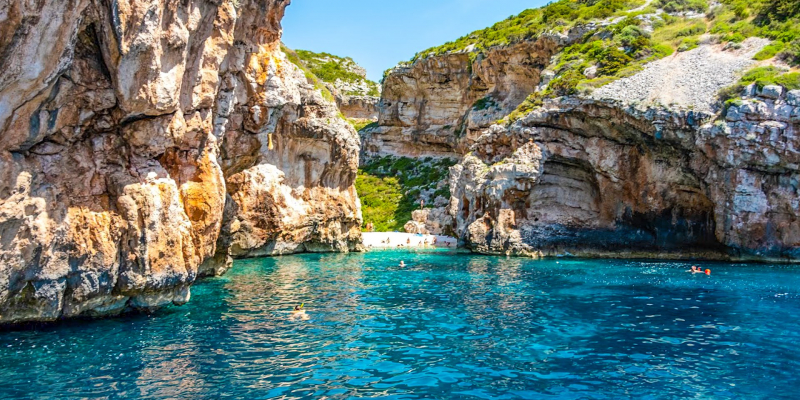 Stiniva bay on Blue Cave tour