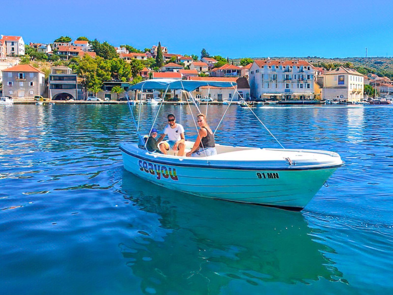 Rent a boat Brac, Craotia