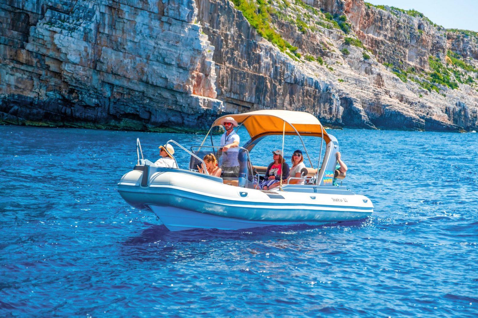Rent a boat in Milna, Brac Croatia
